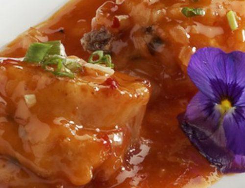 51 • Noix de Saint Jacques farcies aux crevettes sauce piquante • 24.00€