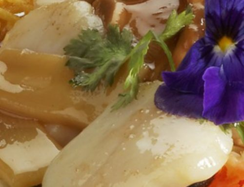 55 • Crevettes et noix de Saint-Jacques sautées dans un nid croquant • 17.00€